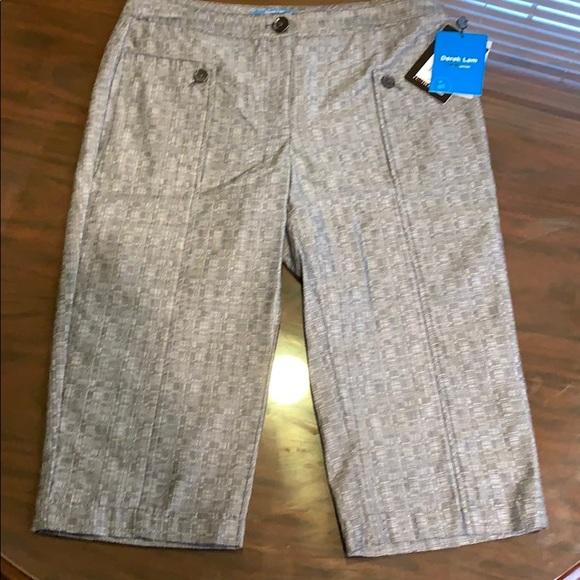 Derek Lam black Capri pants. Size 8